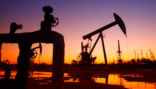 при росте цен на нефть, стоимость канадского доллара будет расти
