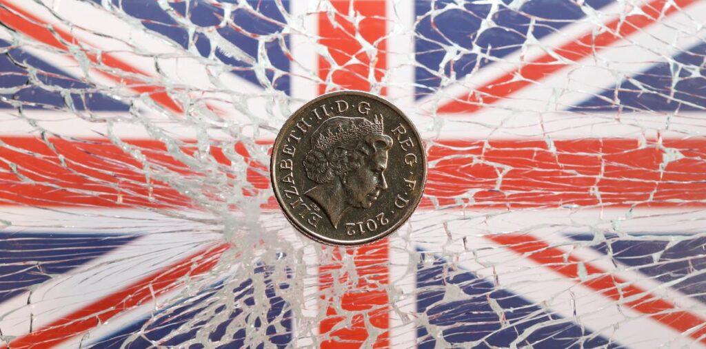Британская экономика быстро восстанавливается после пандемии